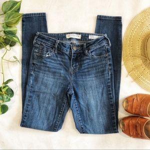 Bullhead Denim Mid Rise Skinniest Jeans Size 24